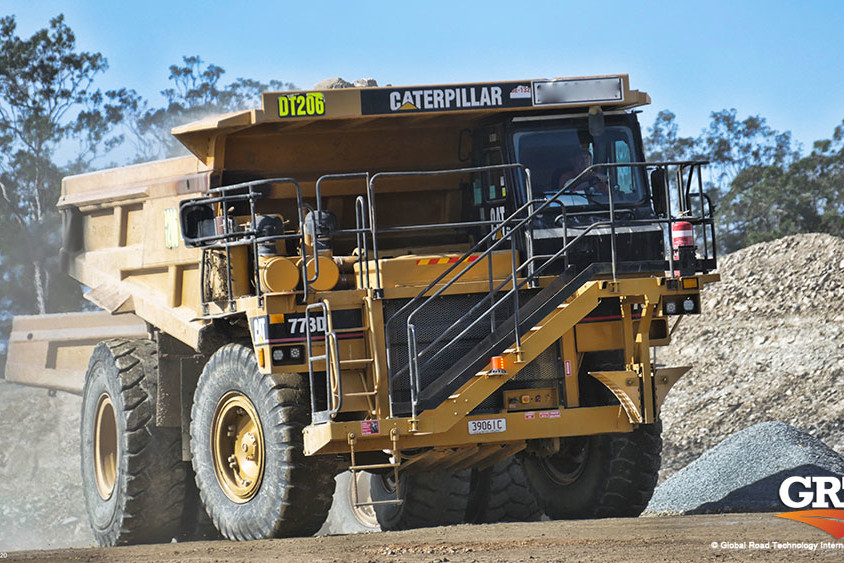 global-road-technology-caterpillar-mining-dust-suppression