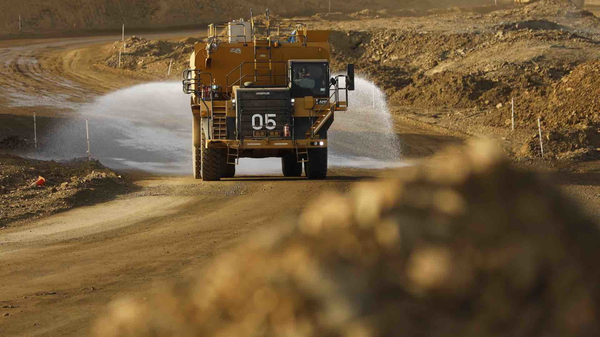 global-road-technology-dust-suppressants-industry-expert-perspectives